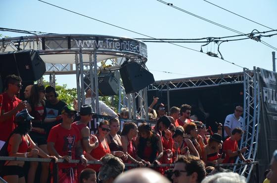 2012-08-11 - Street Parade 2012 - 005
