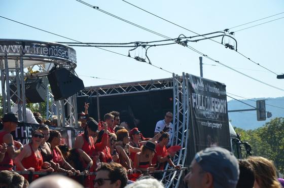 2012-08-11 - Street Parade 2012 - 007